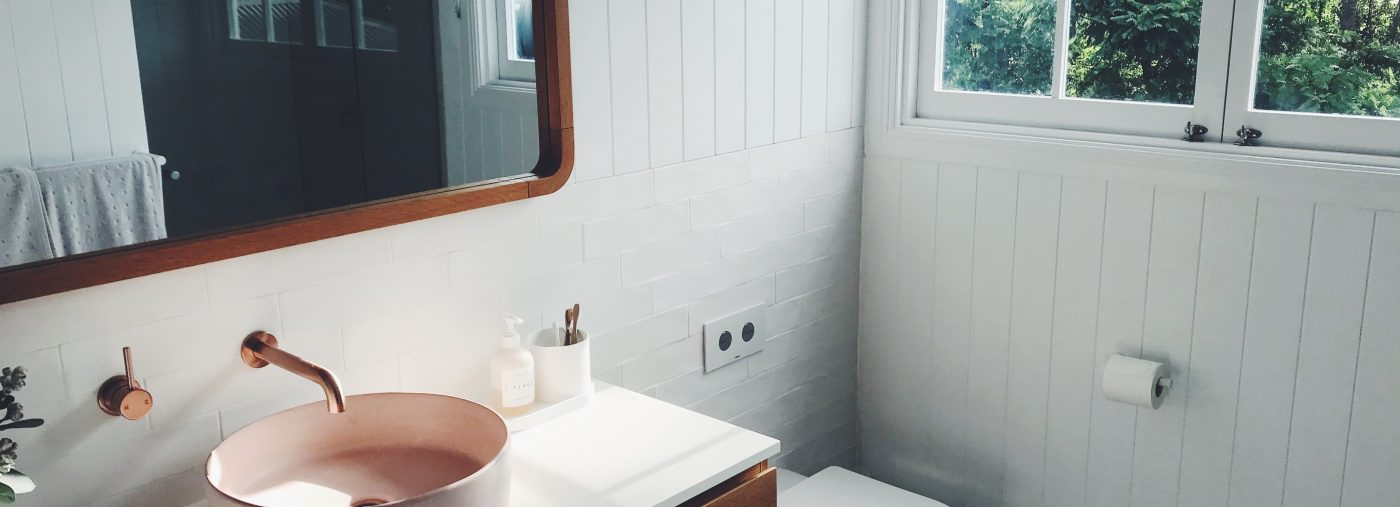 5 Accessories for a Functional Bathroom